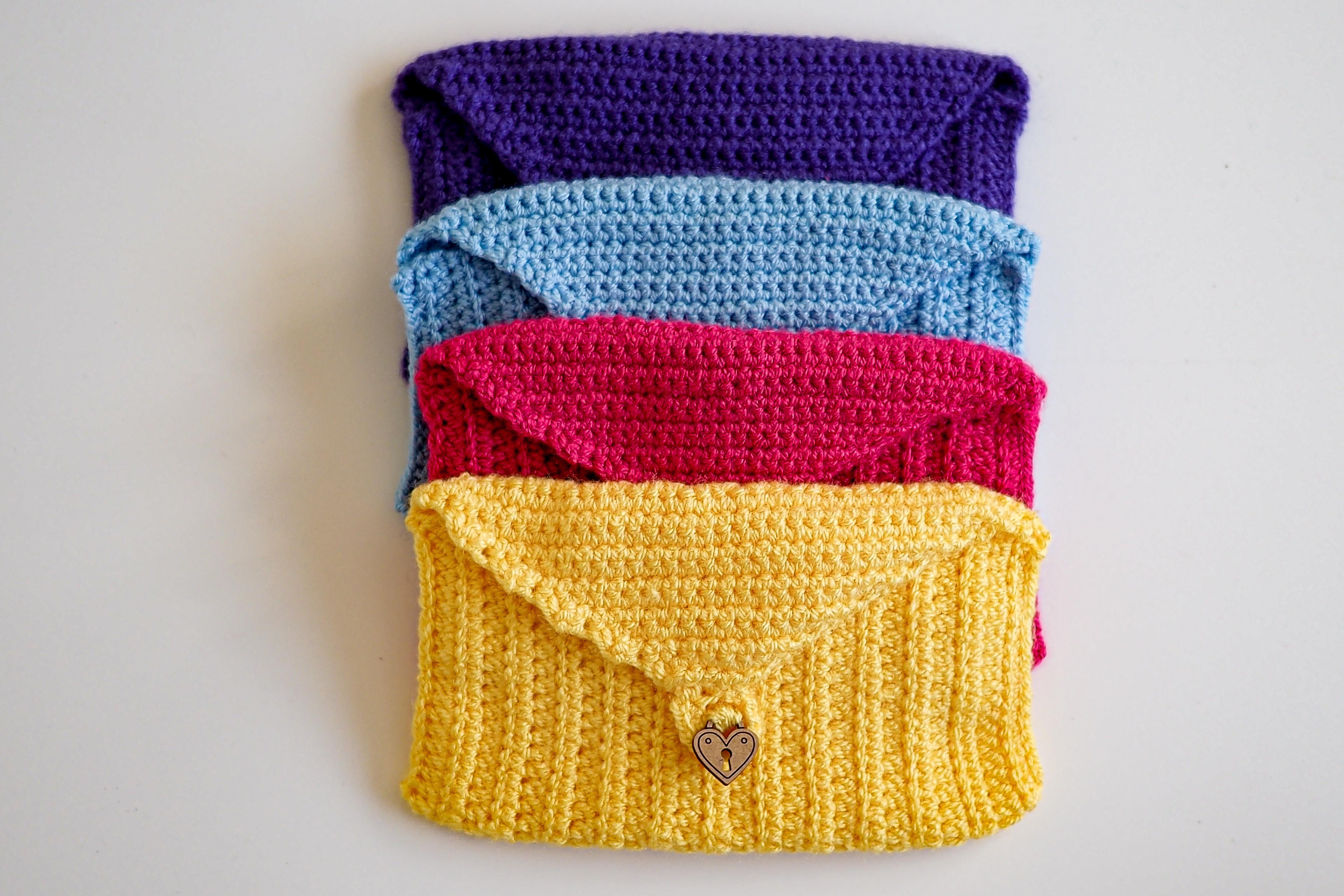 crochet small project bag