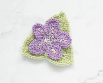 CrochetFlowers_Violet_01_web-600x600